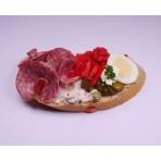 Chlebíček turistický na vlašském salátu