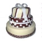 Svatební dort - Třípatrový s marcipánovou mašlí