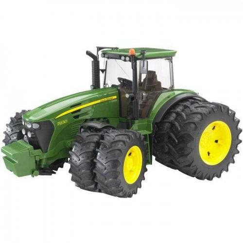 Bruder - Traktor JOHN DEERE 7930 + přídavná kola