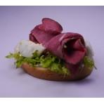 Chlebíček anglický rostbíf na pěně z Nivy