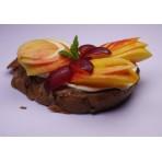 Chlebíček FIT ovoce a ořechy