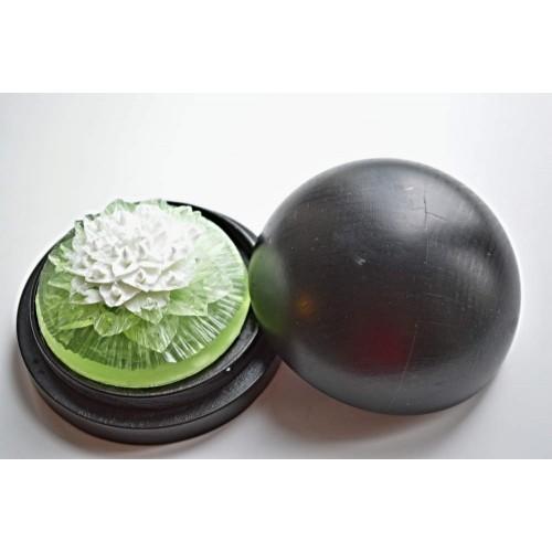 Vyřezávané mýdlo - Exotický květ - meduňka - dvoubarevné