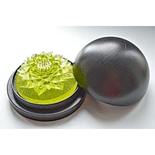 Vyřezávané mýdlo - Jiřina - meduňka - průhledné