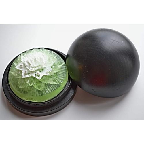 Vyřezávané mýdlo - Karafiát d. - meduňka - dvoubarevné
