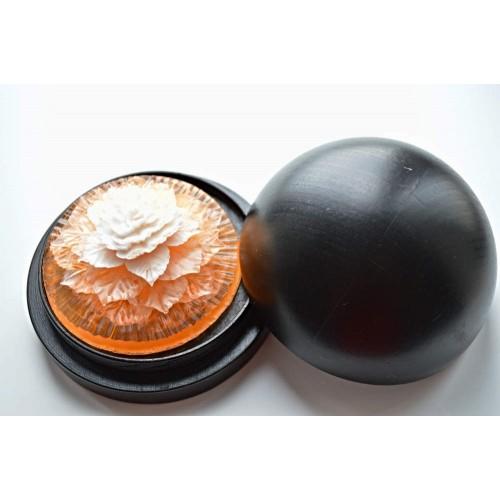 Vyřezávané mýdlo - Karafiát kv. - broskev - dvoubarevné
